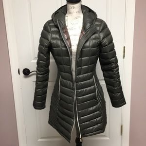 Calvin Klein Medium lightweight down coat green